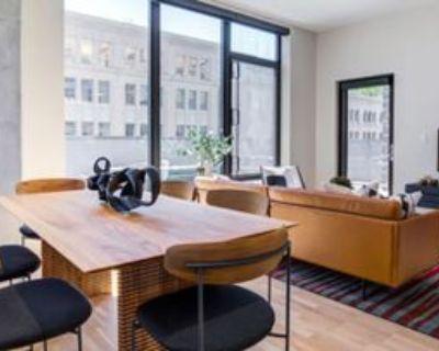 1962 Blake Street #201, Denver, CO 80202 2 Bedroom Apartment