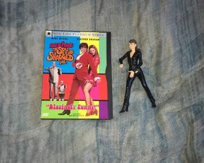 Lot Of Austin Powers DVD And Toy