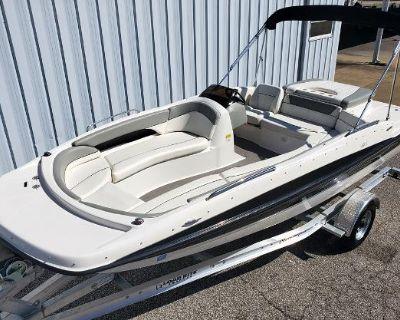 2012 Bayliner 197 SD Deck Boat