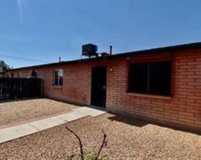267 267 East 21st Street - 1, Tucson, AZ 85701 3 Bedroom Apartment