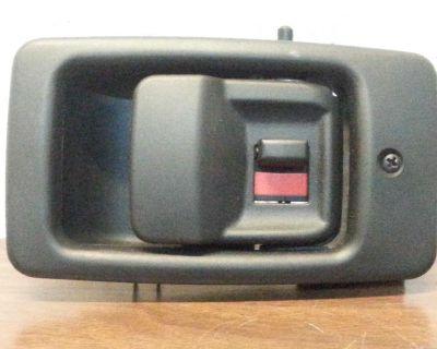 Mercedes-benz Ml320,ml430,ml350,ml500,ml55amg Tailgate Door Handle