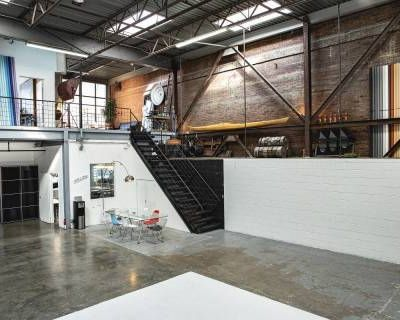 Natural Light Photo Studio, Los Angeles, CA