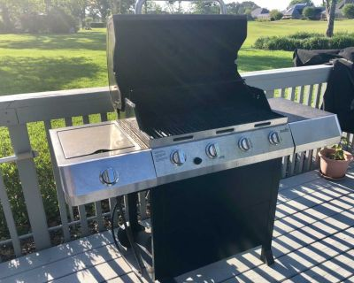 Char-Broil Grill + Cover