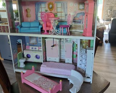 Doll house furniture included fcfs asap pickup