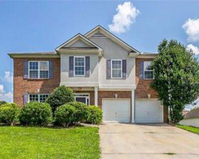 3069 Elmwood Ct, Atlanta, GA 30349 5 Bedroom Apartment