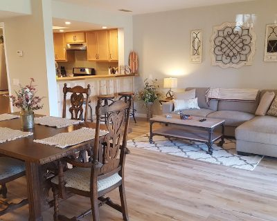 Farmhouse Look! Close to Town! Clean & New! 30 Day Minimum Stay. Very Quiet! - Palm Springs