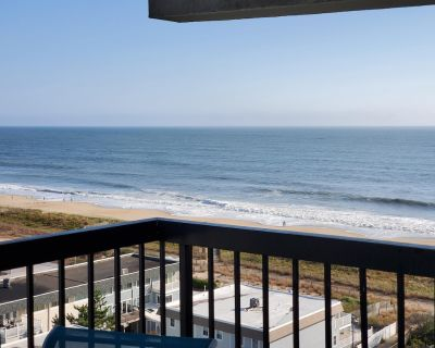 Fresh and NEW SeaWatch1010! RENOVATED OCEANFRONT END UNIT w/OCEAN and BAY VIEWS - North Ocean City