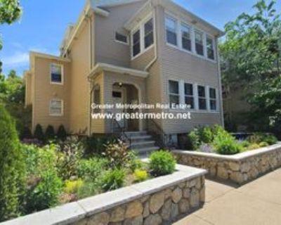 Boston St #2, Somerville, MA 02143 4 Bedroom Apartment