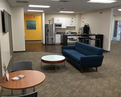 Coworking Pass - 20 Available at Office Evolution - Burlington