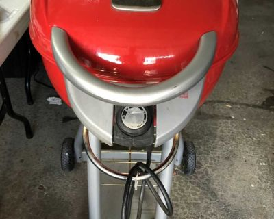 Char-Broil Electric Porch Grill