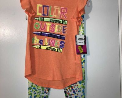 Girls outfit New Crayola
