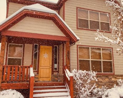2334SF Ski Retreat-Sleeps 10 & incl. Clubhouse Amenities! Close to Everything! - Bear Hollow Village