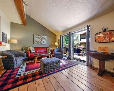Lake to Lodge 3 Bedroom 2 Bath Condo on Metcalf Bay - Big Bear Lake