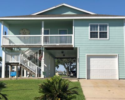 Waterfront 4BR/2BA Home with Private Boat Dock on Estes Flats - Palm Harbor