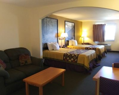 Super 8 by Wyndham Columbia East - Columbia
