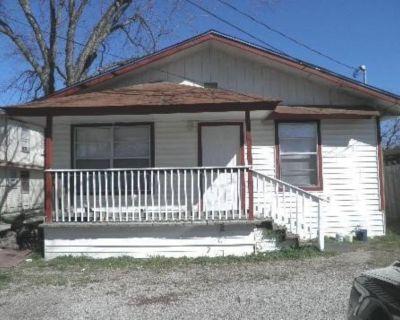 931 W Hutchins Pl - Home For Sale 3/2 in San Antonio, TX 78221