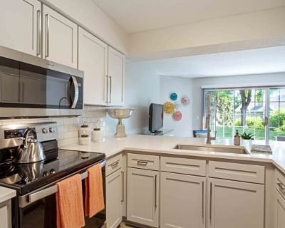 Seasons Villas Apartments and Townhomes