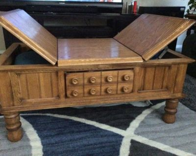 Ashley Furniture Cktl Table & End Table