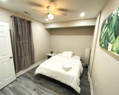 2 BDRM Apartment Near Temple Hospital with Shared Washer, Dryer & Kitchen - North Philadelphia East