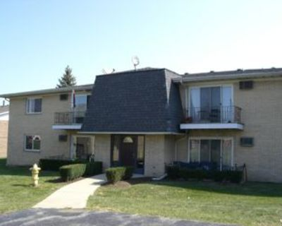 48 W 66th St #3, Westmont, IL 60559 2 Bedroom House