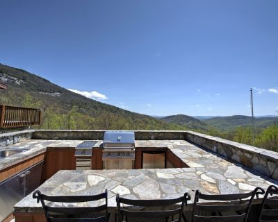 Magnificent views, stone patio with kitchen, hot tub! Includes Biltmore! - Hendersonville