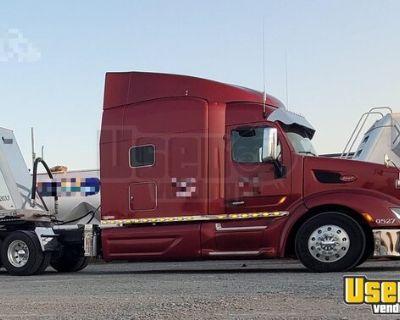 2015 Peterbilt 579 Sleeper Cab Semi Truck Cummins ISX 18-Speed
