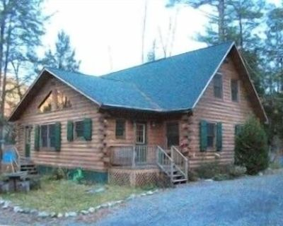 Charming, Quiet, Modern, Wooded, River Front - Hillsdale