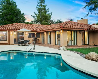 Family-friendly Home w/ a Private Pool, Fast Wifi, Central A/c, & a Washer/dryer - Paradise Valley Village