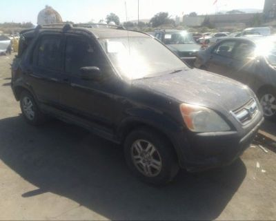 Salvage Black 2002 Honda Cr-v