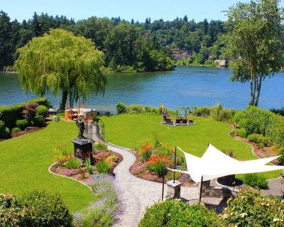 Live the Dream on the Lovely Willamette River - Island Station