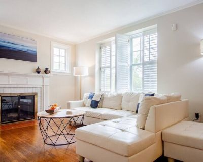 Chevy Chase//Bethesda Home Base Great for DC area travel! - Bethesda