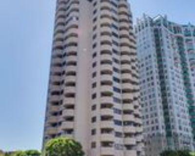 Wilshire Blvd Apt 1305 #Apt 1305, Los Angeles, CA 90024 Studio Apartment