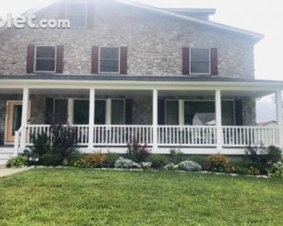 Three Bedroom In Baltimore County