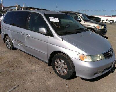 Salvage Silver 2004 Honda Odyssey
