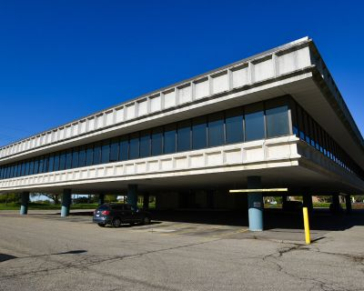 North Ann Arbor Office Building For Sale