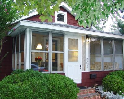 Charming 2 Bedroom Cottage in South Rehoboth - 2 Blocks to Beach - South Rehoboth
