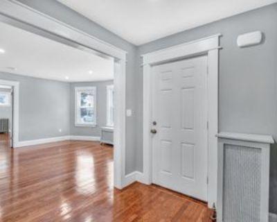 25 Middleton St #1, Boston, MA 02124 3 Bedroom Apartment