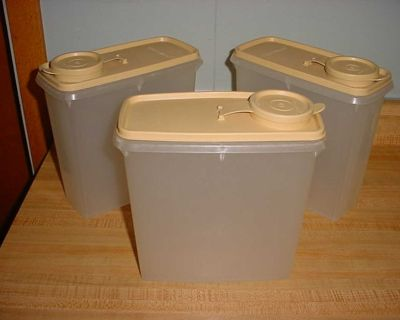 Gently Used Vintage Tupperware 13-Cup Cereal Storer (Set Of 3). Holds A Regular Size Box Of Cereal. $15