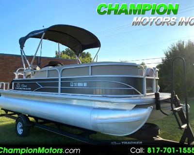 Used 2017 Sun Tracker Party Barge 20 DLX Pontoon Boat w/Mercury 90HP CT 4S