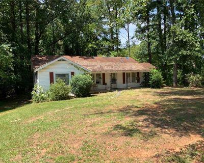 Single Family Home Forsale in Canton GA