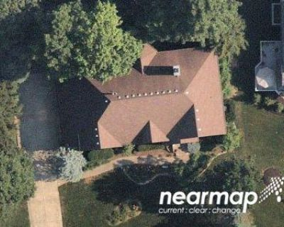 4 Bed 4.5 Bath Preforeclosure Property in Carmel, IN 46032 - Topaz Ln