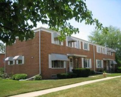 702 N Western Ave #A, Park Ridge, IL 60068 3 Bedroom House