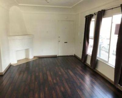 234 West 21st Street #1, Long Beach, CA 90806 2 Bedroom Apartment