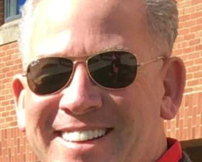 Tim, 57 years, Male - Looking in: Annandale VA