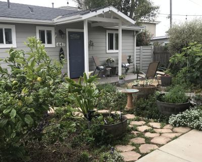 THE COTTAGE * Peaceful, quiet, secluded, private yard & garden, walk to bay!!, - Morro Bay