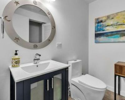 1460 Little Raven St #901, Denver, CO 80202 3 Bedroom Apartment