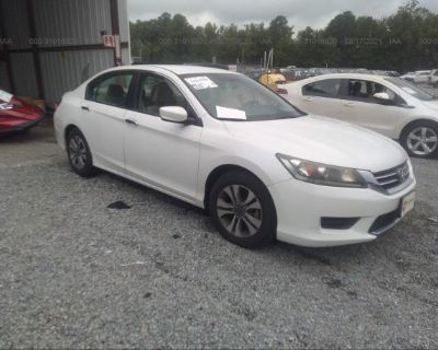 Salvage White 2013 Honda Accord Sdn
