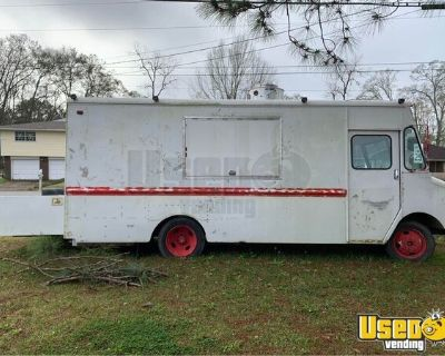 26' Chevrolet P30 Diesel Food Truck / Used Mobile Kitchen