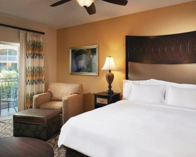Hilton Grand Vacations at SeaWorld, 2 Bedroom Suite - Orlando