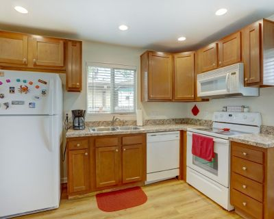 Quiet, Comfy, 2br, Full Kitchen, Upper Level Home - Adams County